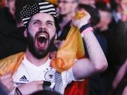 Gezittert, gebangt, gefeiert - DFB-Team verhindert Totalschaden
