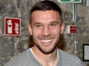 Ex-Nationalspieler Podolski glaubt an Kölner Wiederaufstieg