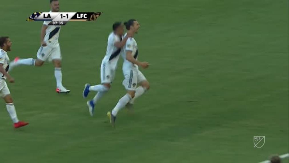 Ibra-Show! Zlatan Ibrahimovic ballert Galaxy zum Derbysieg