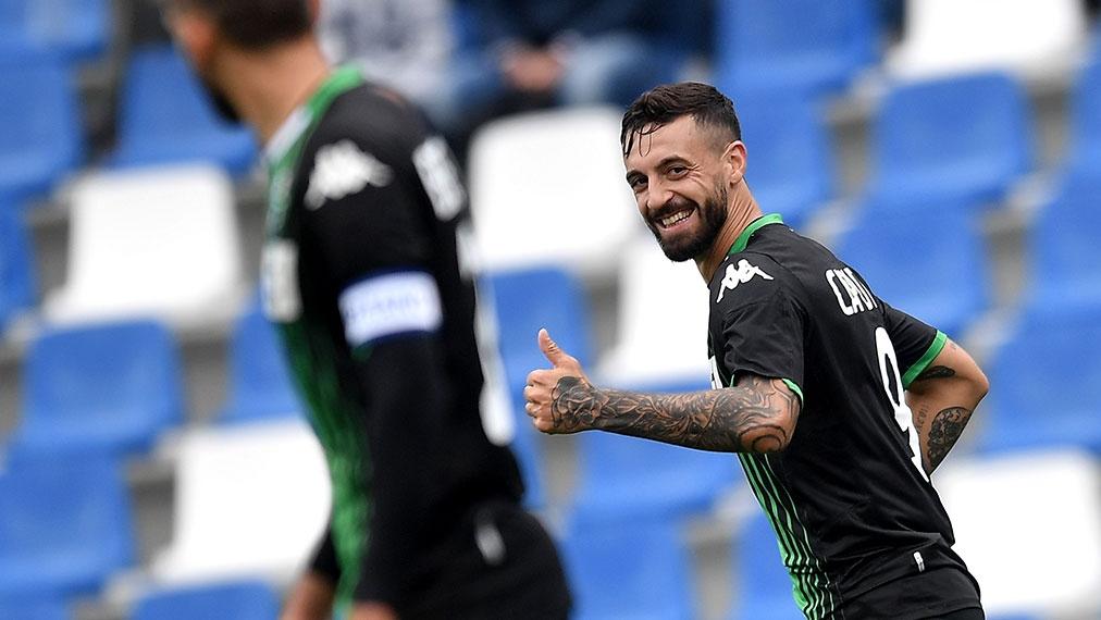 Caputo hat gut lachen, Sassuolo zu Hause eine Macht | Serie A, Highlights by DAZN | Video