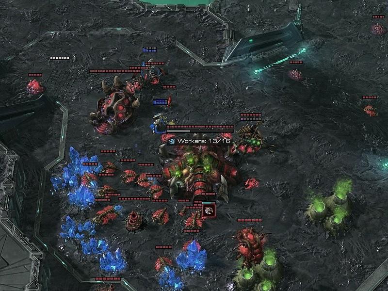 Im Early Game ebnen beide Spieler den Weg für ihre jeweiligen Strategien. Kleinere Angriffe, oder auch All-Ins können währenddessen auch geschehen.