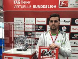 Jan 'SnEijDeR' Zimmermann sicherte sich in München die Qualifikation für das VBL-Finale.