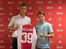 Ajax Amsterdam sichert sich FIFA-Profi