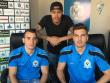 Die FIFA-Profis des FC United Zürich: Bruno Bardelas (li.) und Sven Humbel (r.) mit Coach Thomas Temperli.