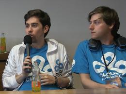 Pittner 'bOne7' Armand (r.) konnte nicht teilnehmen. Er, 'pieliedie' (li.) und der Rest von Speed Gaming spielten später zusammen bei Cloud9.