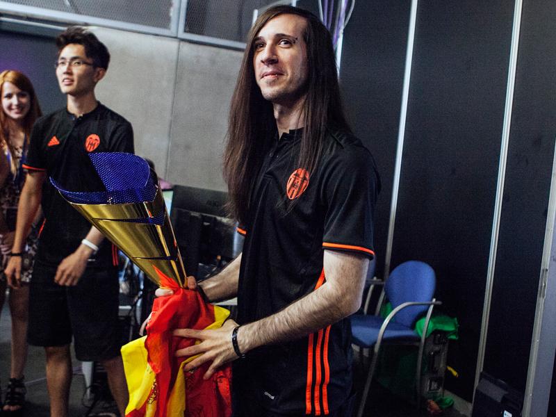 FC Valencia-Profi Diego 'Evangelion' Garciá konnte das Hearthstone-Turnier für sich entscheiden.
