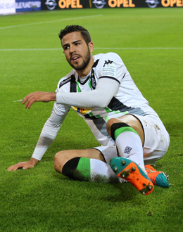 Ein besonderes Spiel f�r ihn: Alvaro Dominguez kann sich heute in seiner spanischen Heimat pr�sentieren.