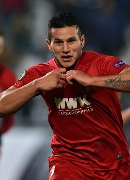 Er f�hrte Augsburg in die Zwischenrunde: Raul Bobadilla.