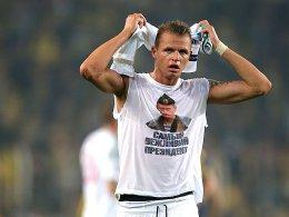 Fenerbahce gewinnt - Tarasov provoziert mit T-Shirt