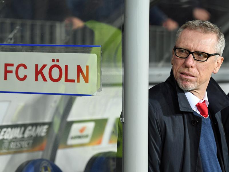 Köln: Stöger kann Pfiffe gegen Schmadtke nicht nachvollziehen