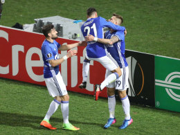 Schalke kühlt den PAOK-Hexenkessel herunter