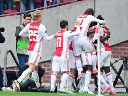 Riesenschritt für Ajax: 4:1 gegen Lyon