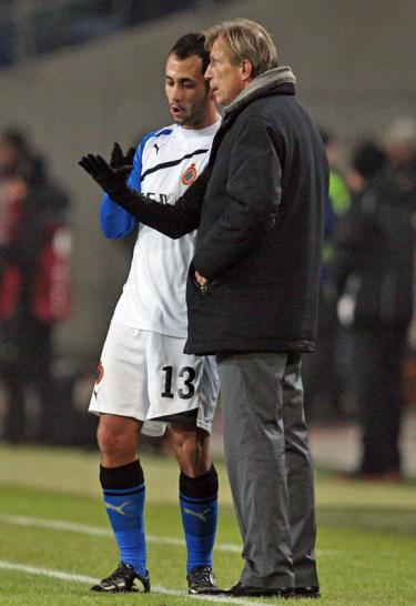 Christoph Daum, Victor Vazquez (li.)