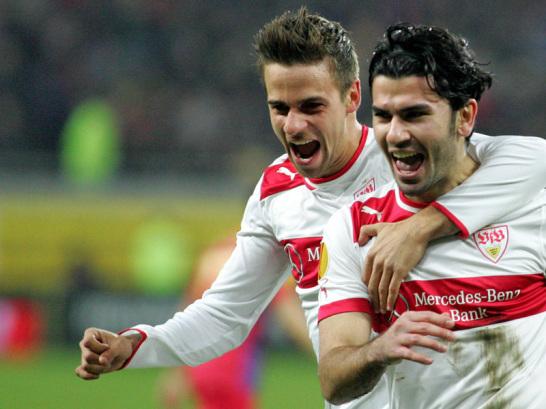 Welche eine Demonstration! Der VfB Stuttgart dem�tigte Steaua Bukarest ausw�rts vor 55.000 Zuschauern mit 5:1, schon nach gut 30 Minuten stand es 4:0. Auch Martin Harnik (l.) und Serdar Tasci trafen.