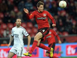 Riedel schie�t Leverkusen zum Sieg
