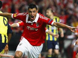 Oscar Cardozo machte mit seinen zwei Toren den Unterschied.