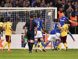 San� rettet Schalke Punkt gegen freches Sparta