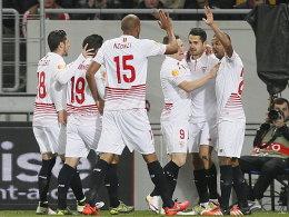 Gameiros Strafsto� sichert Sevilla das Remis