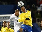 Dank Luis Fabiano (r.) kamen die Brasilianer wieder ins Spiel.