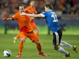 Niederlandes Mittelfeldmann Wesley Sneijder, hier gegen die Esten, mussd am Dienstag gegen Rumänien passen.