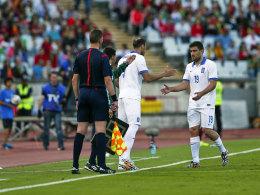 Sokratis (re.) musste im Testspiel gegen Portugal vorzeitig ausgewechselt werden.