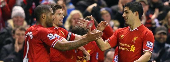 Im Verein in den Farben vereint (v.li.n.re.): Glen Johnson, Steven Gerrard und Luis Suarez.