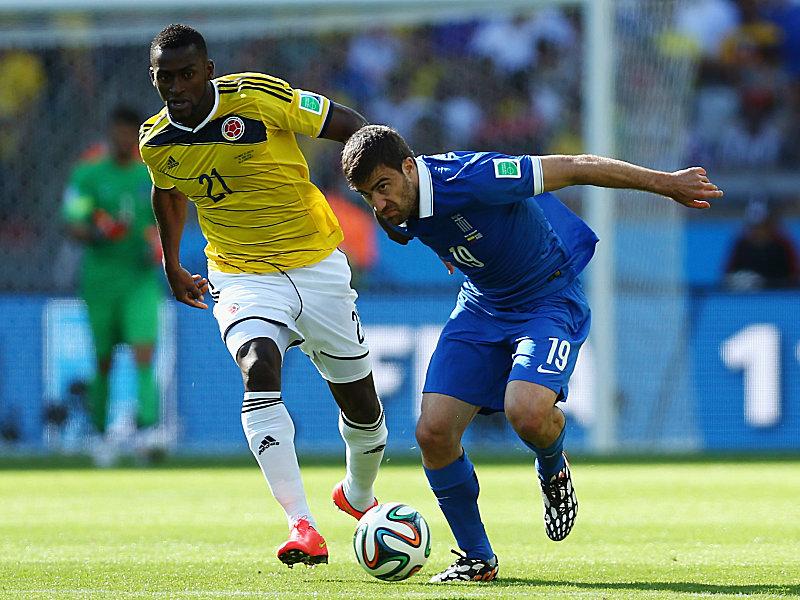 Sokratis (rechts) gegen Kolumbiens Jackson Martinez
