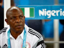 Nigerias Trainer Stephen Keshi hat mit einigen Spannungen im Umfeld seines Teams zu kämpfen.