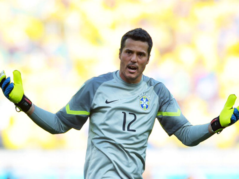 Vom Sündenbock zum Helden: Brasiliens Elfmetertöter Julio Cesar.