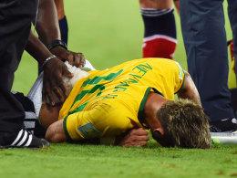 Ein ganzes Land leidet mit: Für Neymar ist die WM beendet.