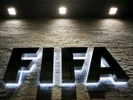 Weltweit im Zentrum heftiger Kritik: Der Fußballweltverband FIFA.