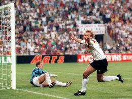Jürgen Klinsmann jubelt über sein 1:0 gegen die Niederlande
