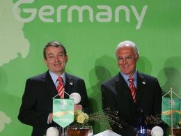 Franz Beckenbauer, 2006 WM-OK-Chef, mit seinem damaligen Vize Wolfgang Niersbach.