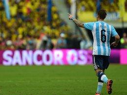 Argentinien kann noch siegen - Vargas zeigt Stinkefinger