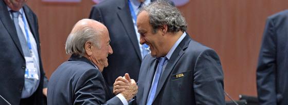 Joseph Blatter (li.) und Michel Platini