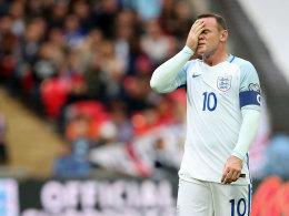 Unmissverständliches Signal: Engländer pfeifen Rooney aus