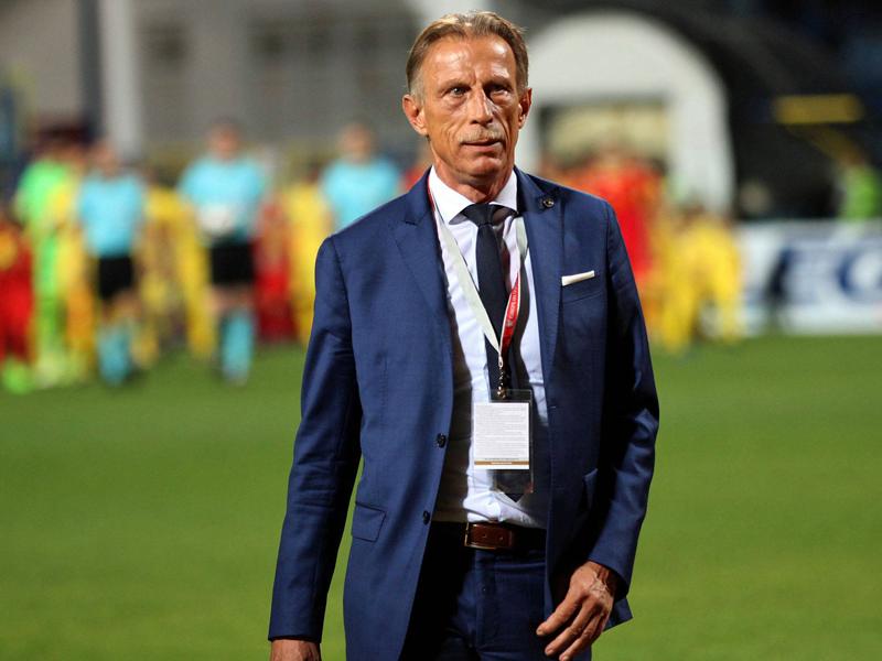 Daum ließ Rumäniens Nationalteam einen Bus ziehen