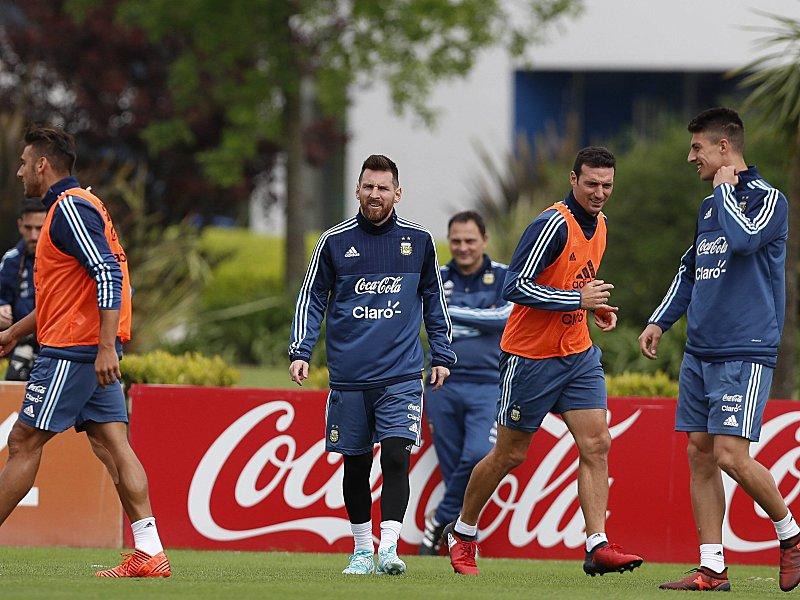 Nach Nullnummer: Messi und Argentinien droht WM-Aus - auch James muss bangen
