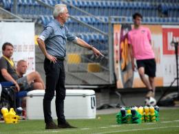 WM-Splitter: Van Marwijk zahlt achtköpfigen Trainerstab selbst