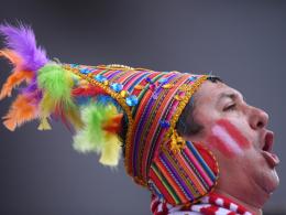 LIVE!-Bilder: Equipe Tricolore gegen buntes Peru