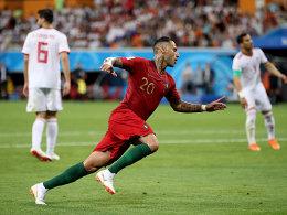 Spanien kommt spät zum Gruppensieg - Portugal nur 1:1