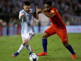 Messi lässt Argentinien aufatmen - Brasilien souverän