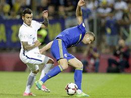 Bosniens Co-Trainer schlägt Gianniotas Zähne aus