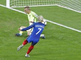 Lemars Doppelpack bringt Frankreich auf WM-Kurs