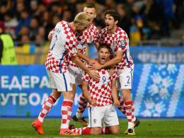 Kramaric schießt Kroatien in die Play-offs