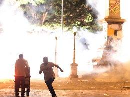 Belo Horizonte: Im Stadion Freudentaumel, auf den Straßen Unruhen aufgrund sozialer Missstände.
