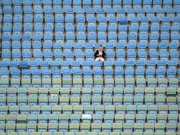 Bilder: Ein einsamer Fan und Draxlers Wiedergutmachung