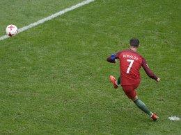Portugal als Gruppenerster im Halbfinale