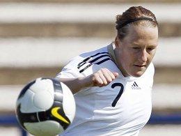Behringer vom Punkt: DFB-Team schlägt China