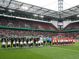 Aufstellung vor dem Pokalfinale 2011